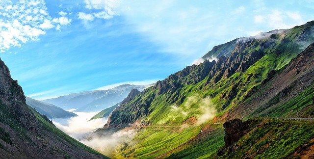 Klimaat in Turkije berglandschap mist en bergen