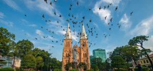 Vietnam-Vogels-stad-kerk